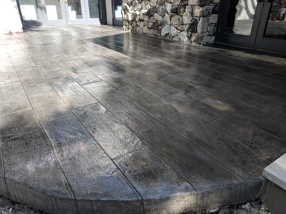 The Benefits Of Choosing A Stamped Concrete Patio Flores